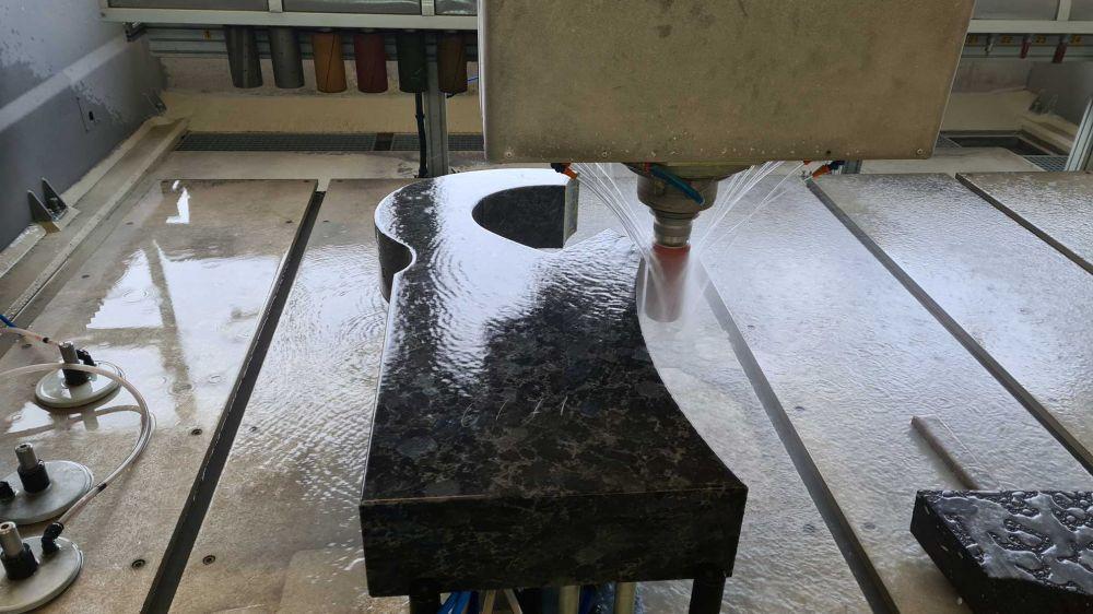 Dietz Grabmale Natursteinwerk CNC Maschine Granit Marmor